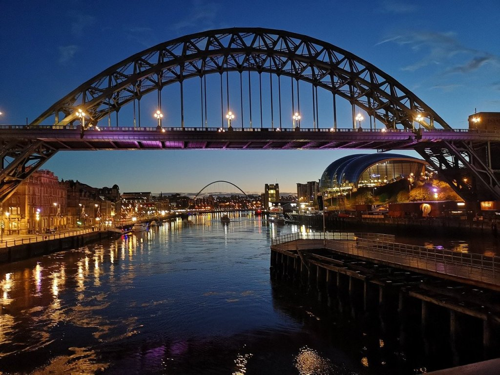 The Tyne bridge at dawn.